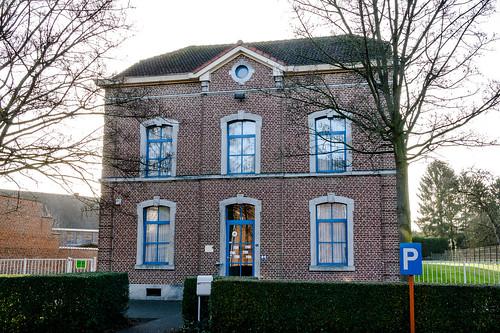 Millen, klooster en school