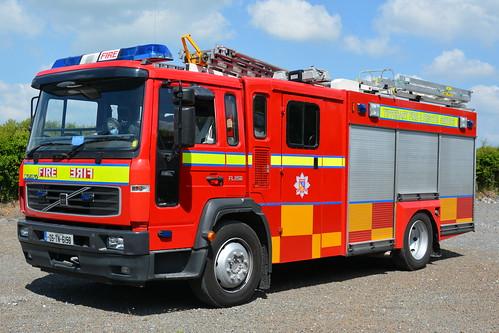 Tipperary Fire & Rescue Service 2005 Volvo FLH250 Sidhean Teo WrL 05TN6158 (Ex Northern Ireland FRS NKZ 8203 )