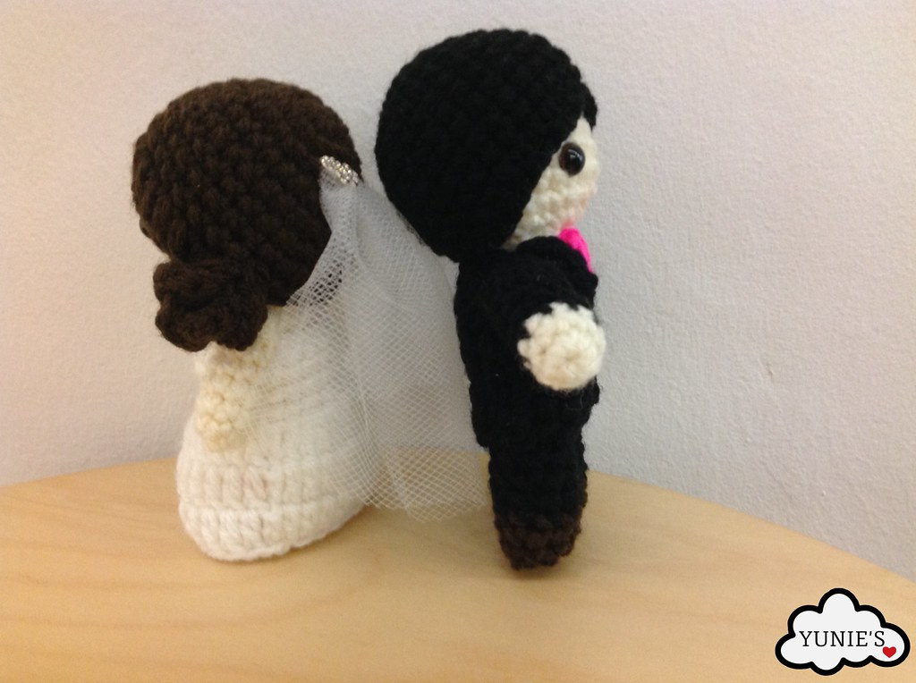 Pin by Ratchata Chotthanalert on Amigurumi | Wedding crochet ... | 764x1024
