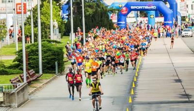 RunTour Brno: Mimořádně nabitá startovka, poběží i Homoláč