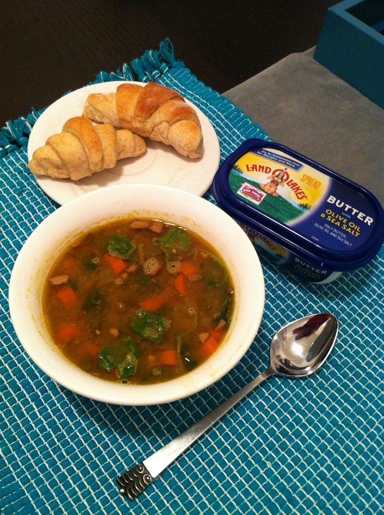 soup + rolls = mmmmm!