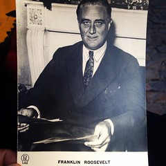 I picked up a vintage post card of FDR when we stopped at the Jeu de Balle flea market on the way to the food market this morning. Only £1.50.