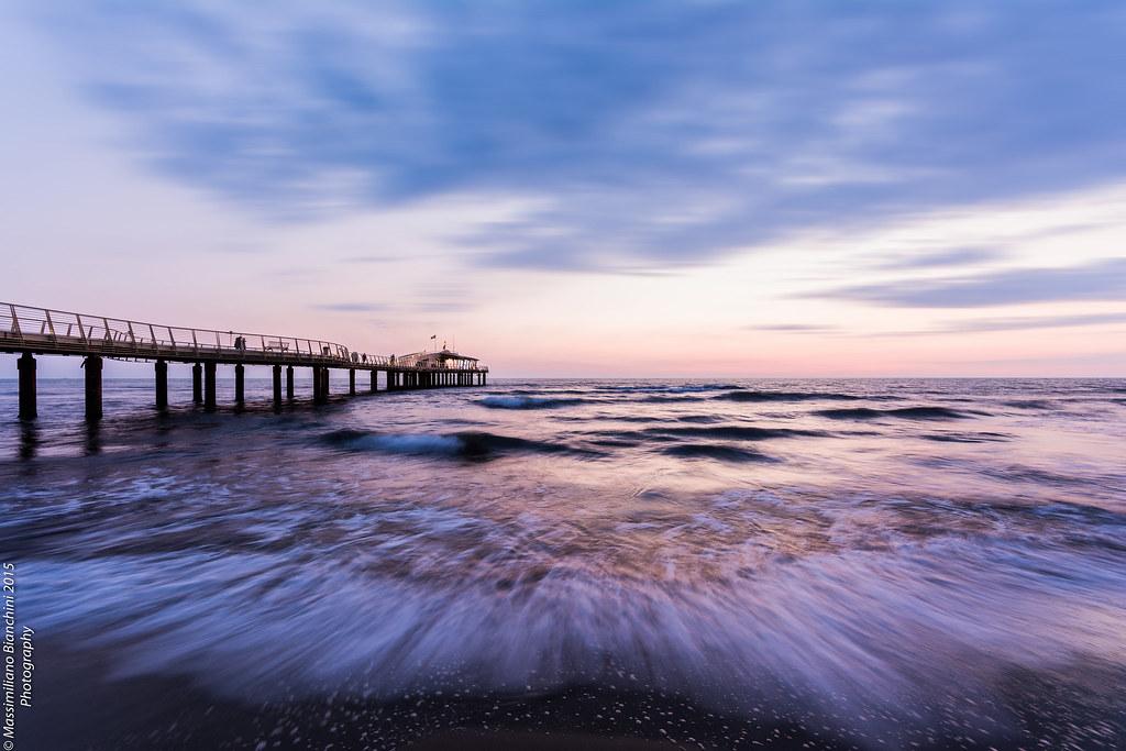 Spiaggia lido di camaiore lucca italy tripcarta - Bagno il lido marina di grosseto ...