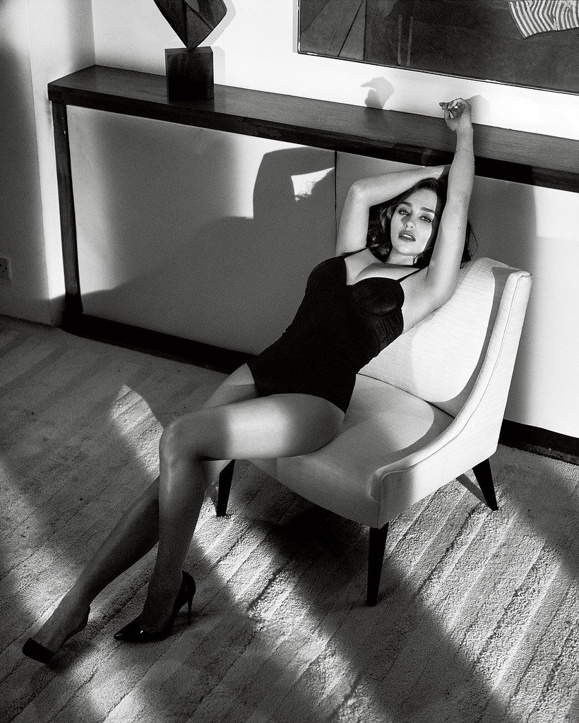 Эмилия Кларк — Фотосессия для «Esquire» 2015 – 4