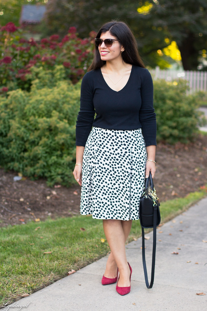 black and white Dalmatian print skirt, black top, red pumps-12.jpg