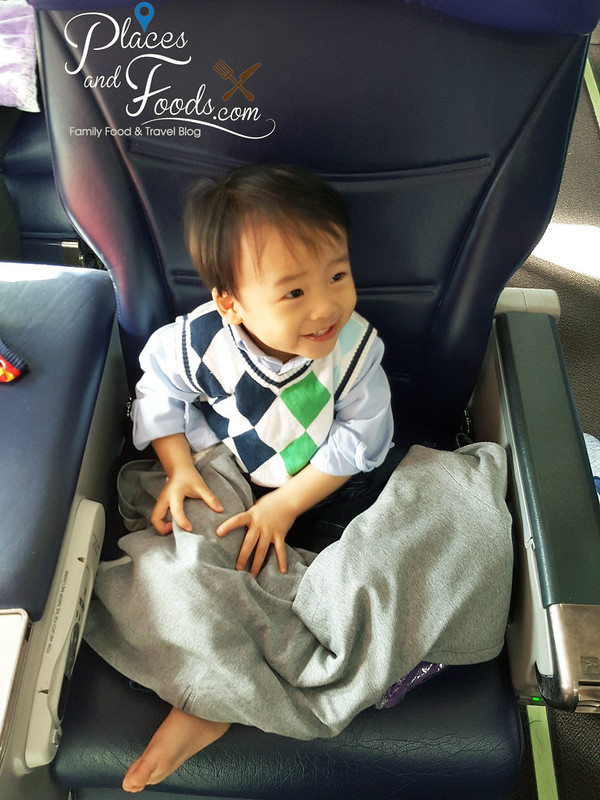 flying with baby zen on malaysia airlines business class seat