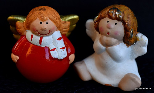 2015220 - a couple of Xmas angels representing me