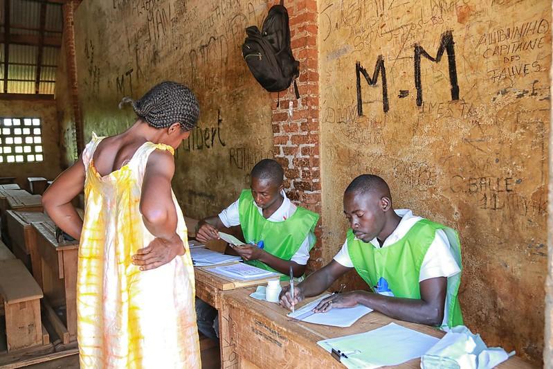 Intervention militaire en Centrafrique - Opération Sangaris - Page 21 23721932266_de9ecee638_c
