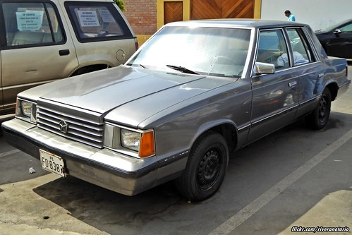 Dodge Aries 1984 - La Punta, Perú