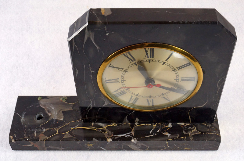RD15359 Vintage Brunswick Electric Sessions Brass and Imported Marble Trophy Clock DSC09230