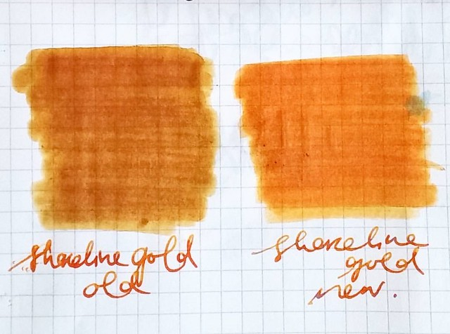 Comparison of the old and new formula of PR shoreline gold. @inkblobs I gave you a bottle of the one right, so @thepencilcaseblog that is what you inked your pen with at the #tilburgpenshow :)