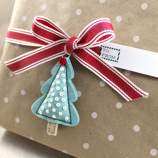 Flat Tree Ornament Gift Package