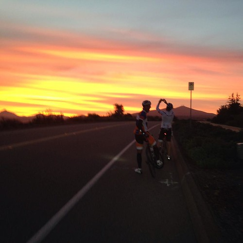 Know when to stop and take in the sights. San Diego Sunrise with the VeloNutz Dawn Patrol.