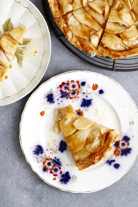 Salted Caramel Pear Phyllo Tart | girlversusdough.com @girlversusdough #dessert #baking #fillo #phyllo