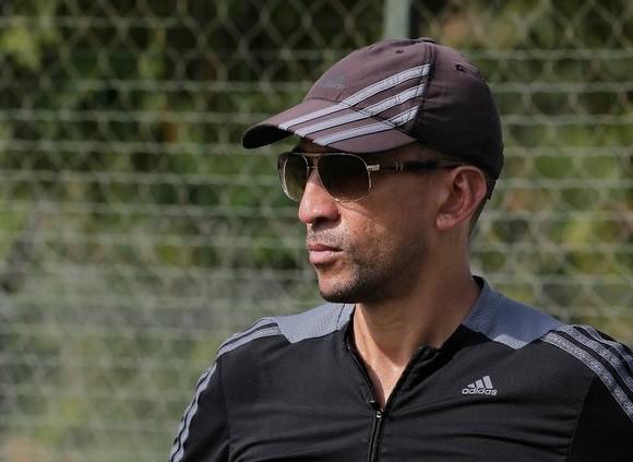 Ex capitán de Trinidad y Tobago formaliza su candidatura para FIFA