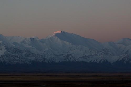 travel viaje snow mountains landscape asia nieve paisaje snowcapped amanecer silkroad paysage centralasia kyrgyzstan kitesurf ran cordillera montañas pamir asiacentral rutadelaseda kirguistan