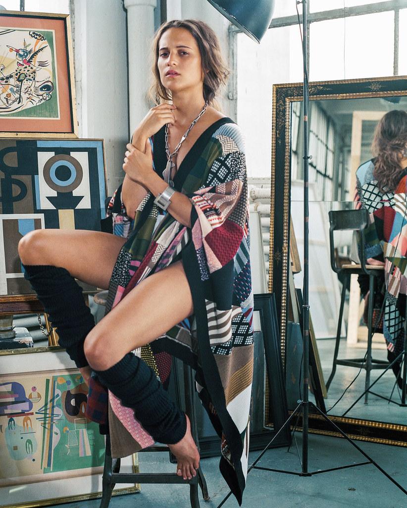 Алисия Викандер — Фотосессия для «DuJour» 2015 – 9