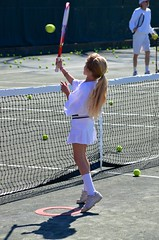 Violet At The Net