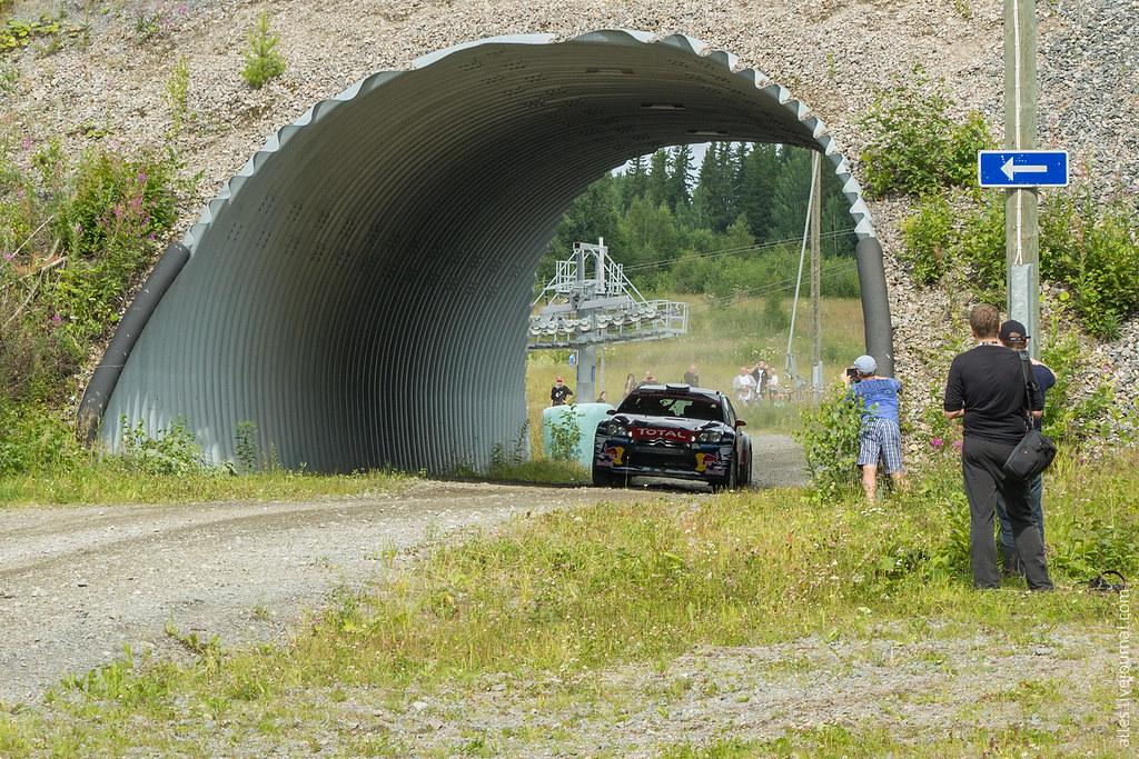 RallyFinland2015-SS_Himos_Tunnel_2