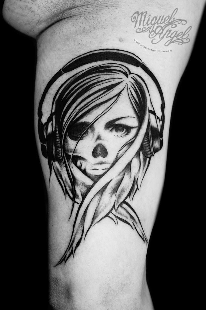 Dj Woman Half Skull W Headphones Design By Usugrow Tatto Flickr
