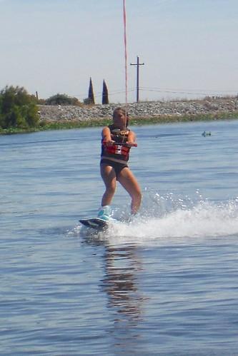 20150906 Alejandra Wakeboarding