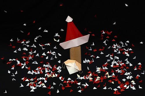 Origami Santa Mask (Akira Yoshizawa)