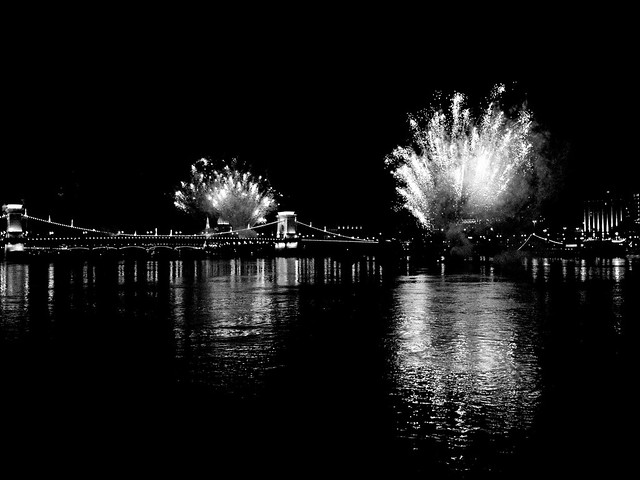 fireworks_Budapest