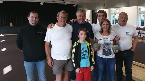 15/08/2015 - Saint Jean du Doigt : Les finalistes du concours de boules plombées en triplettes formées