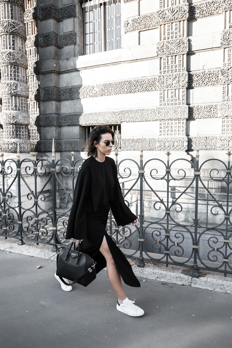 paris fashion week, street style, ss16, black and white, Ellery, Protege Flare sleeve top, Dion Lee slash split skirt, Isabel Marant sneakers, Givenchy Antigona, modern legacy, fashion blogger (1 of 1)