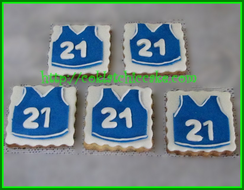 Cookies Jersey Basket