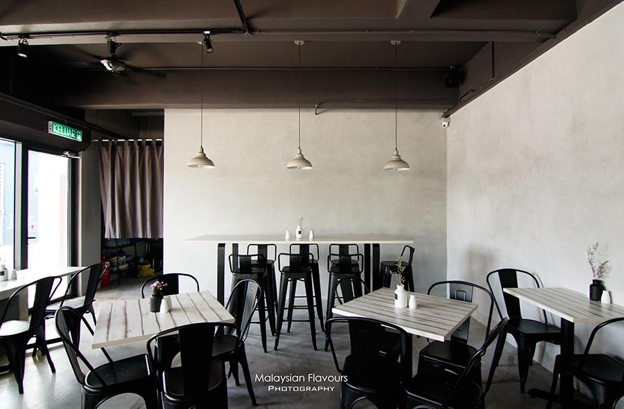 question-mark-cafe-pandan-indah-kuala-lumpur
