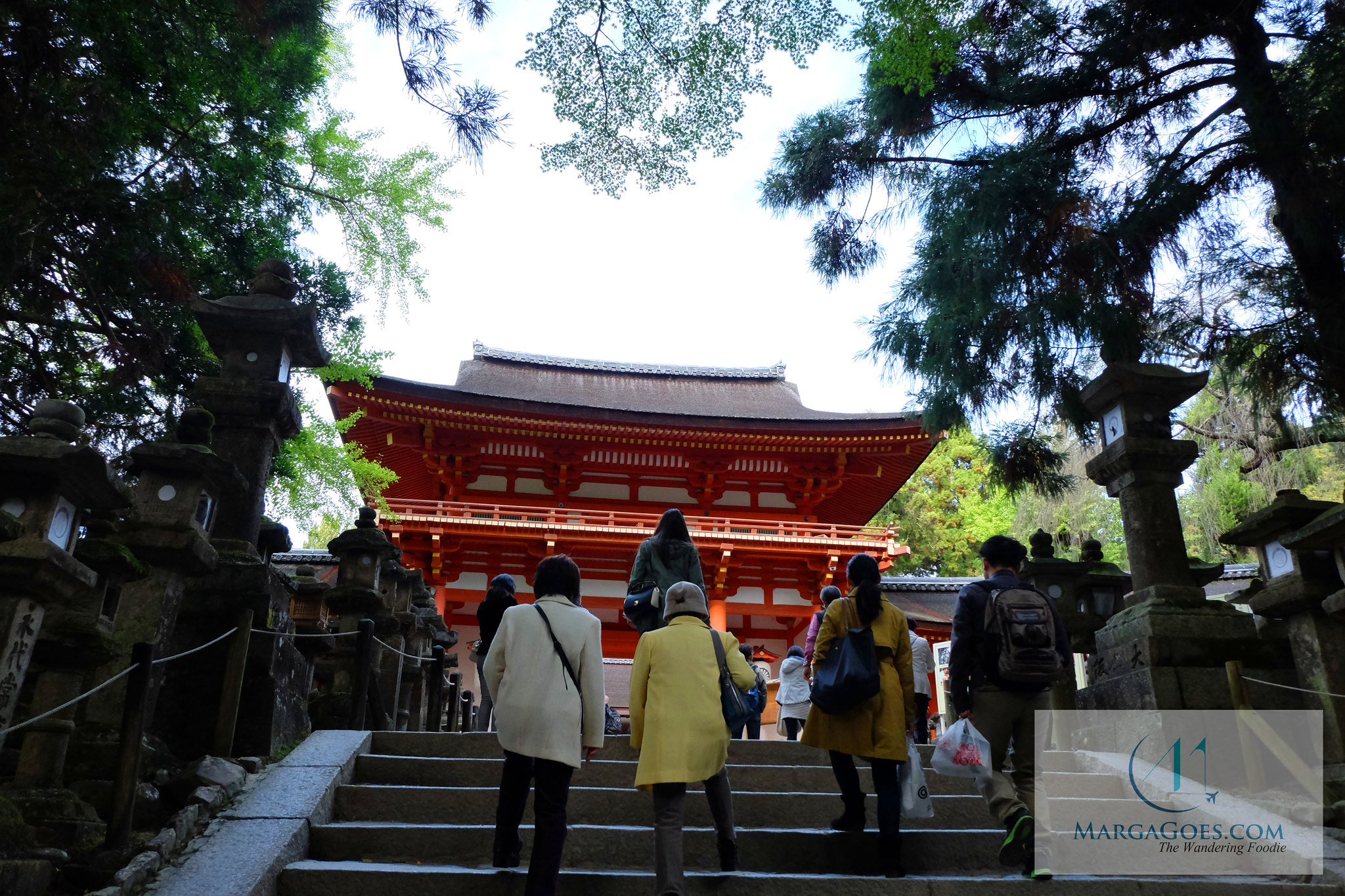 walking to the shrine