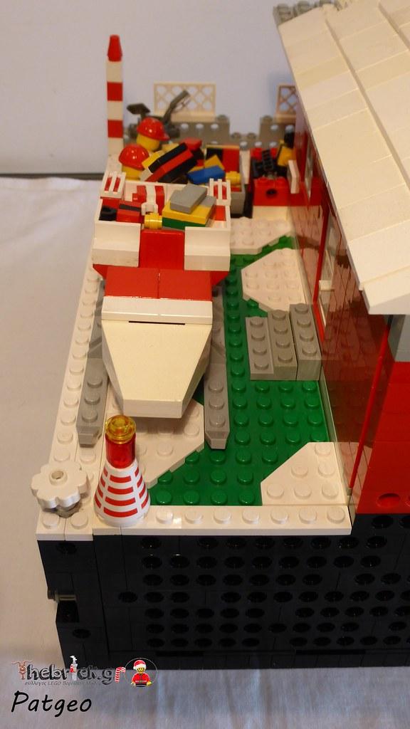 "[BuildtheBrick #2]: ""Santa's Workshop"" 23265409779_52e916ae8f_b"