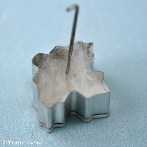 needle felted leaf tutorial 3