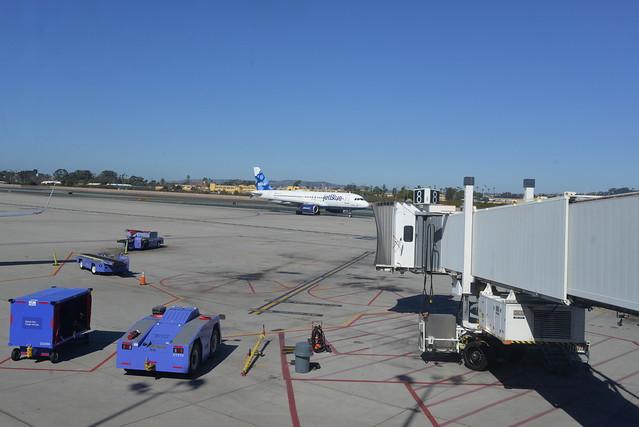 Jetblue N658JB A320-200 SAN 2-2-16 1