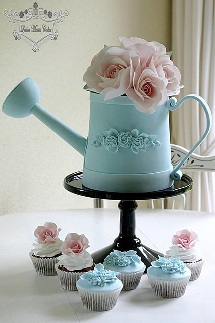 Cake by Leslea Matsis Cakes