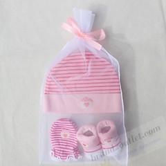 #socks #gloves #hat #gift #newborn #cute #beautiful #pretty #babyboy #babygirl #infant #little #sweet #cuddle #accessories #бренд #детскаяодежда #оптом #wholesale #ملابس_اطفال #موسم_الشتاء #الجملة #born #pregnant ~~~~ ,❤⭐👕👍 new