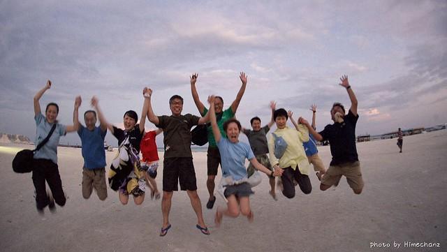 途中、集合写真で恒例のジャンプショット♪