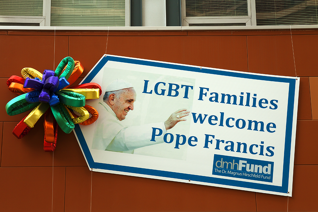 LGBT Families Welcome Pope Francis--Center City