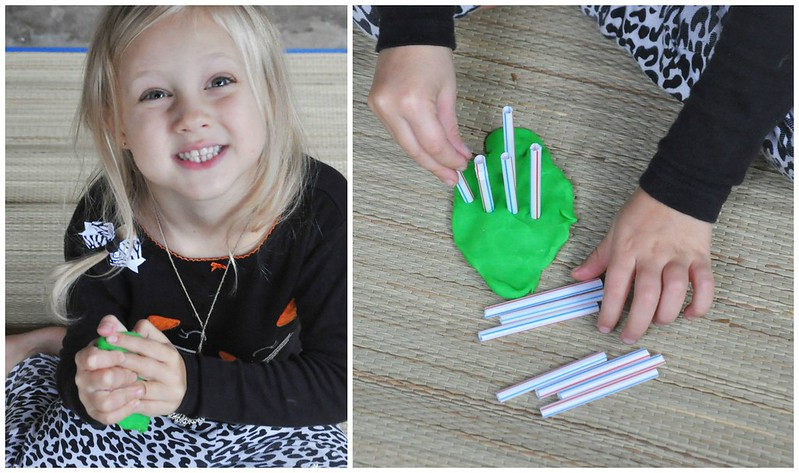 Playdoh and Straws Busy Bag