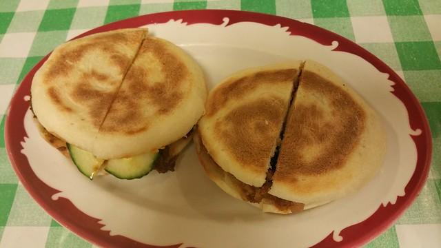 2015-Nov-26 Sunny Spot Cafe buns