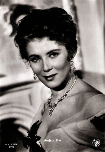Myriam Bru in Appassionatamente (1954)