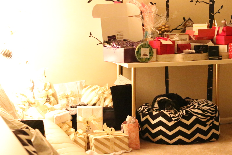 christmas gifts night, Christmas Home Tour