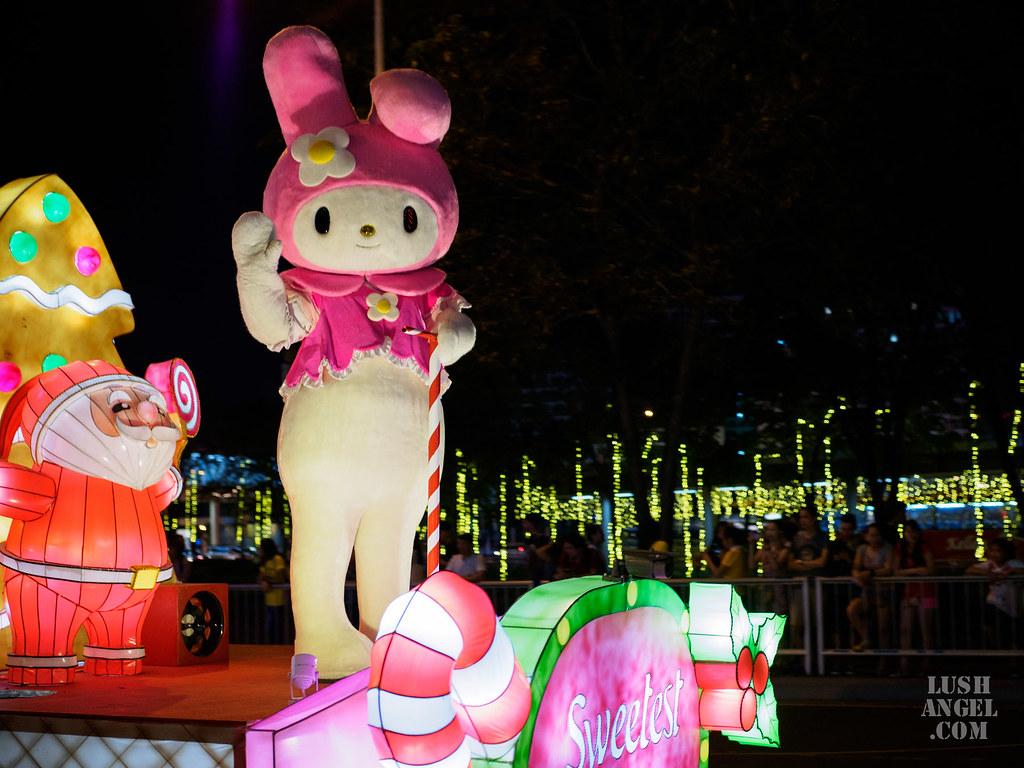 moa-christmas-parade