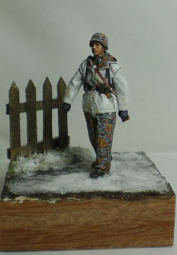 WSS Grenadier Late War - Alpine miniature - 1/35eme - Peinture a l'huile - Page 2 23542820436_c0a7c61ec9