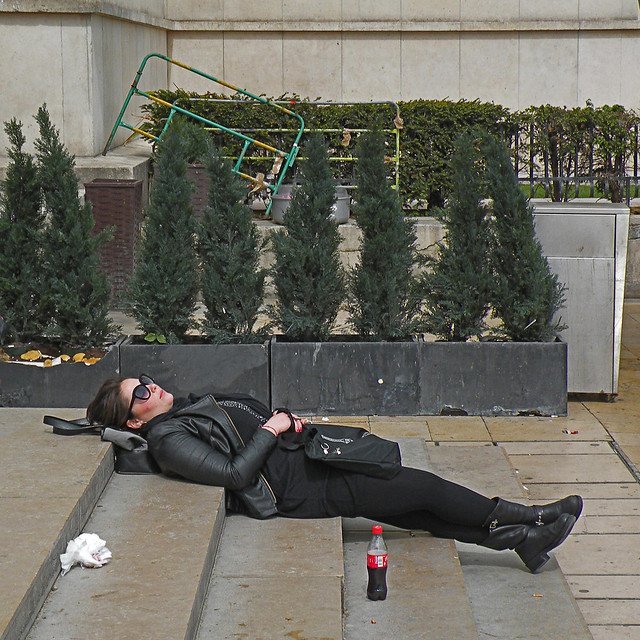 A very tired tourist, Nikon COOLPIX P80