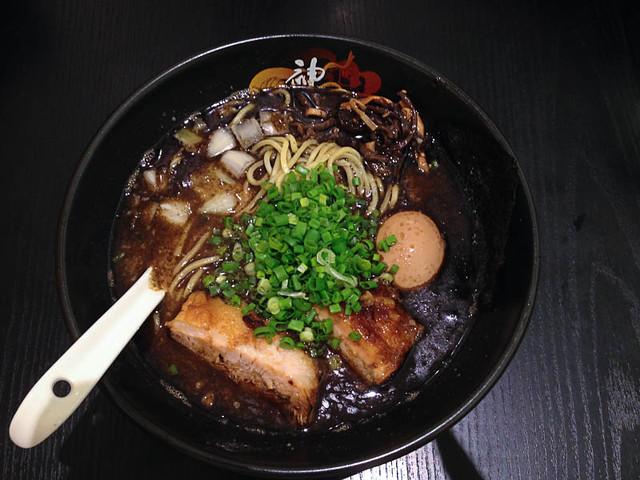 kamikaze-black-spicy-ramen