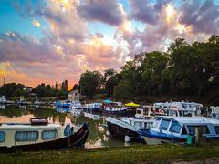 Châtillon-en-Bazois Canal Boat Harbour