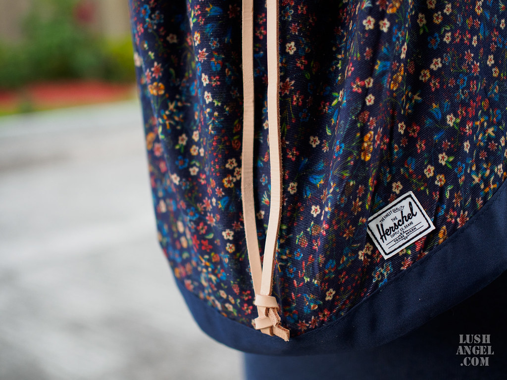 herschel-drawstring-backpack