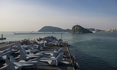 USS Ronald Reagan (CVN 76) approaches Busan on Friday for a goodwill port visit. (U.S. Navy/MC3 Ryan McFarlane)